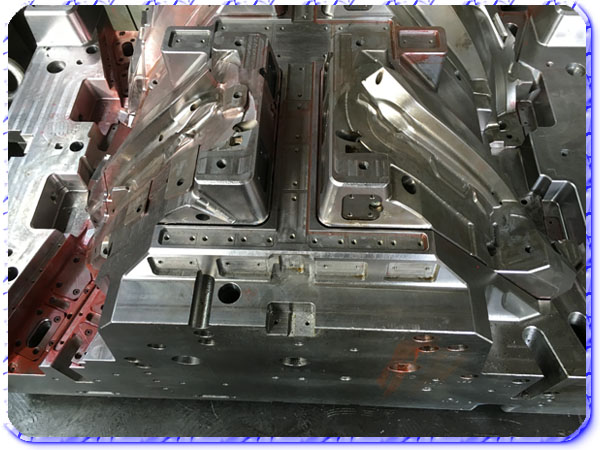 plastic injection mold 06